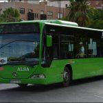 Acceso con maletas al autobus en Tres Cantos