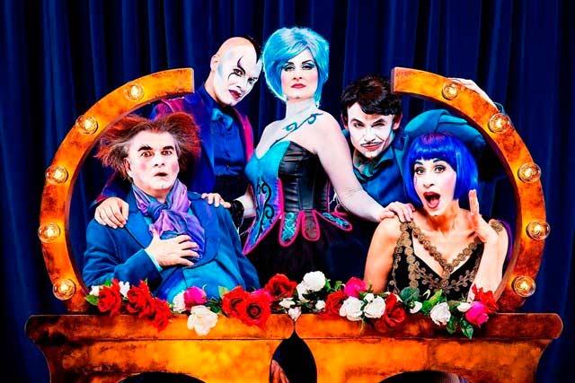 Teatro: The opera locos