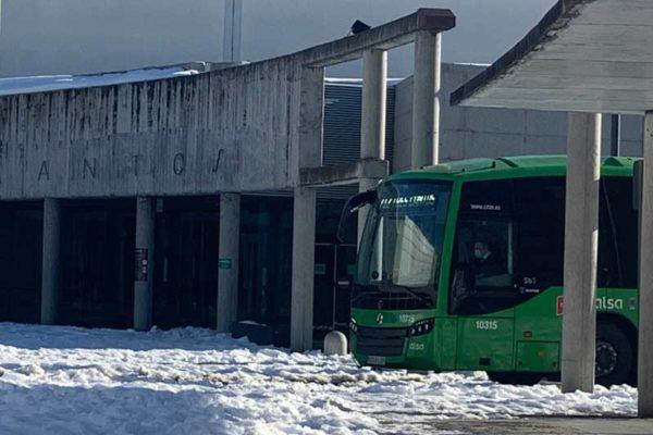 Autobus en ayuntamiento